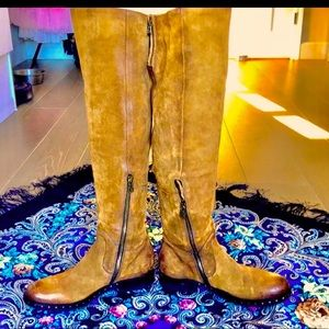 RARE!Free People (A.S. 98) leather knee high boots